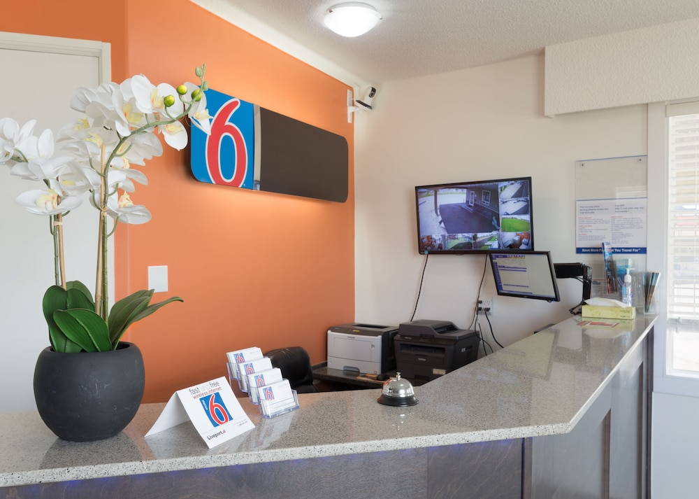 Motel 6 Fort Nelson Bc Reception