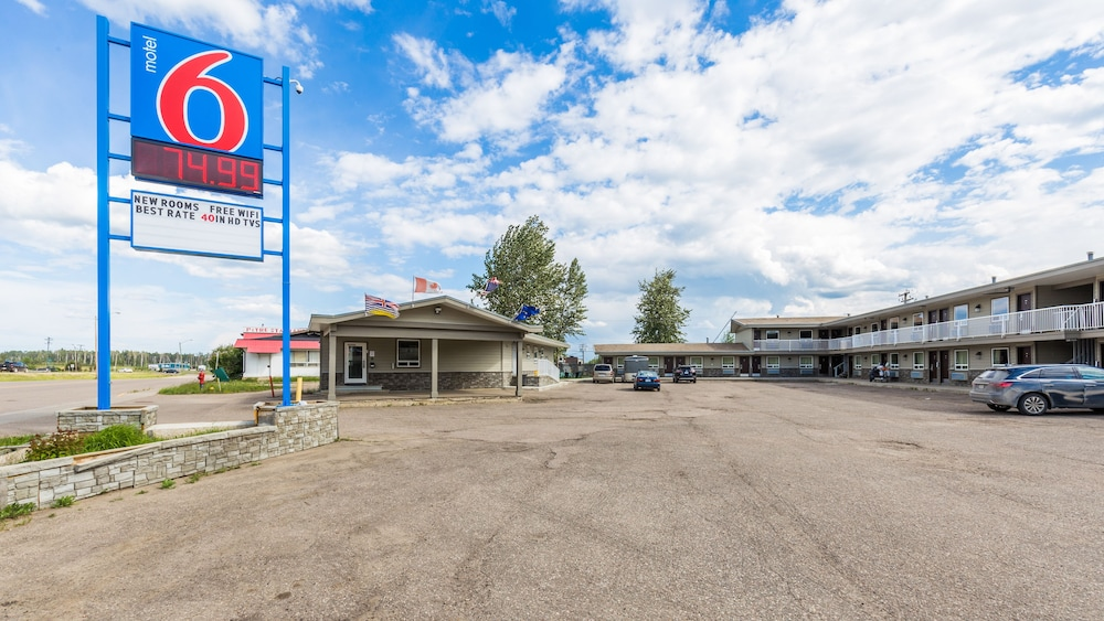 Motel 6 Fort Nelson Bc