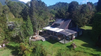 Picture of Mareas Ralun Lodge in Cochamo