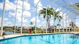 Choose This Luxury Hotel in Marco Island