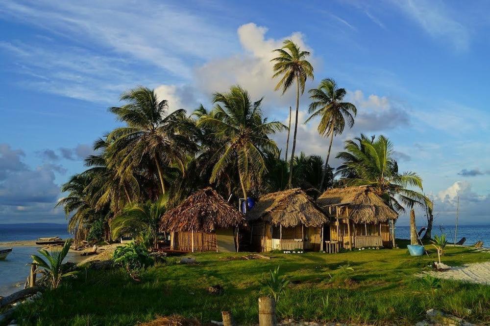 Hotel Cabañas Coco Blanco San Blas Islands