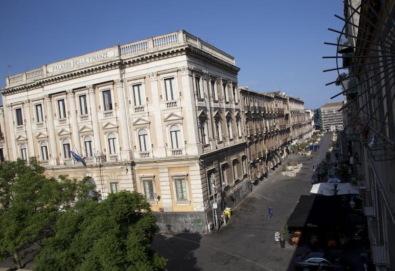 Rosahouse, Catania