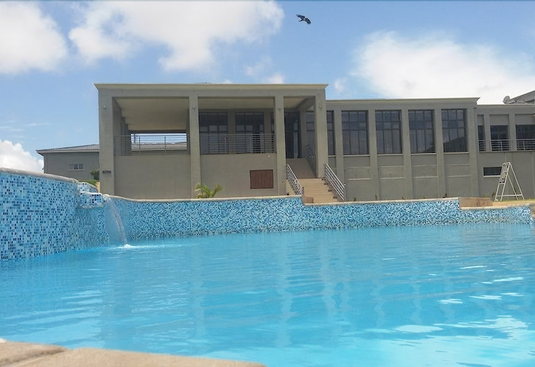Grand Palace Hotel, Mzuzu, Outdoor Pool