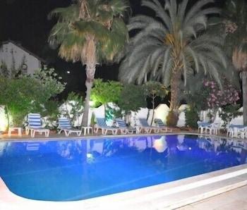 Picture of Murat Hotel in Kemer