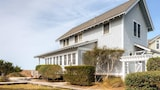 Picture of Bonnie Doon 2 Bedroom Holiday Home By Bald Head Island in Bald Head Island