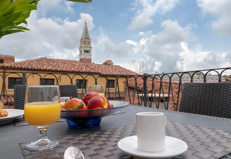 Ve.N.I.Ce Cera San Marco Terrace, Венеция, Терраса/ патио