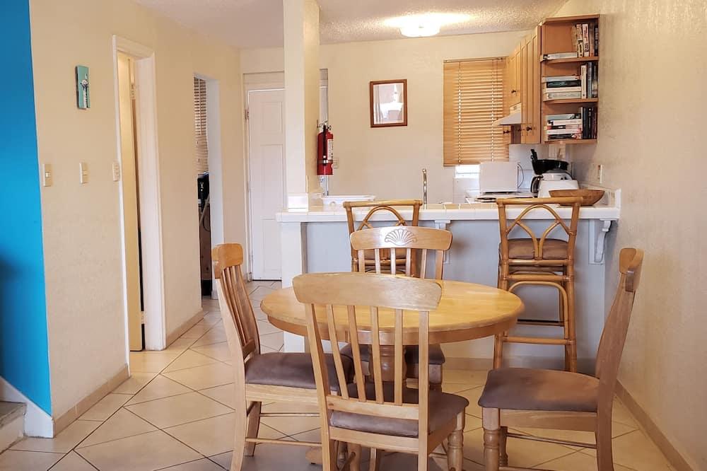 高級聯排別墅, 2 間臥室, 廚房, 海港景 - 客房內用餐