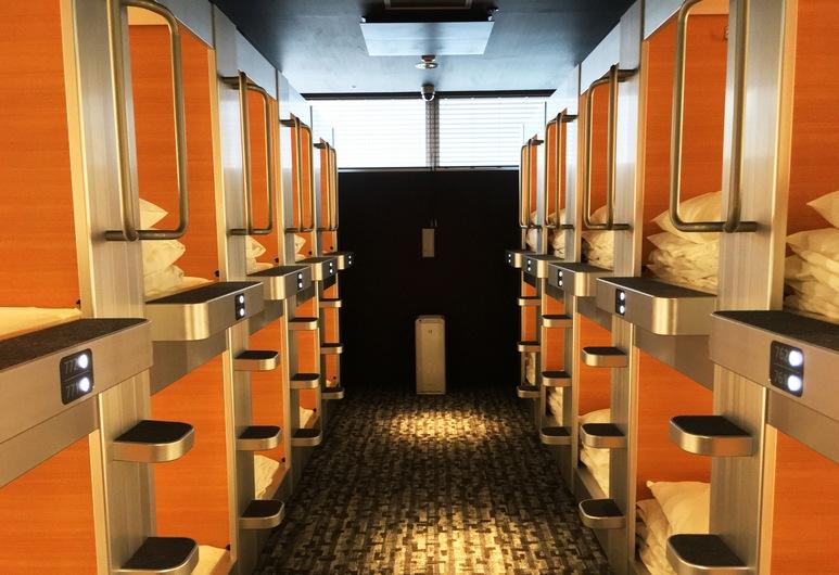 a-STYLE Shinsaibashi – Caters to Women, Osaka, Standartinio tipo kambarys (Capsule, with TV), Svečių kambarys