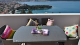 Choose this Apartment in Trogir - Online Room Reservations