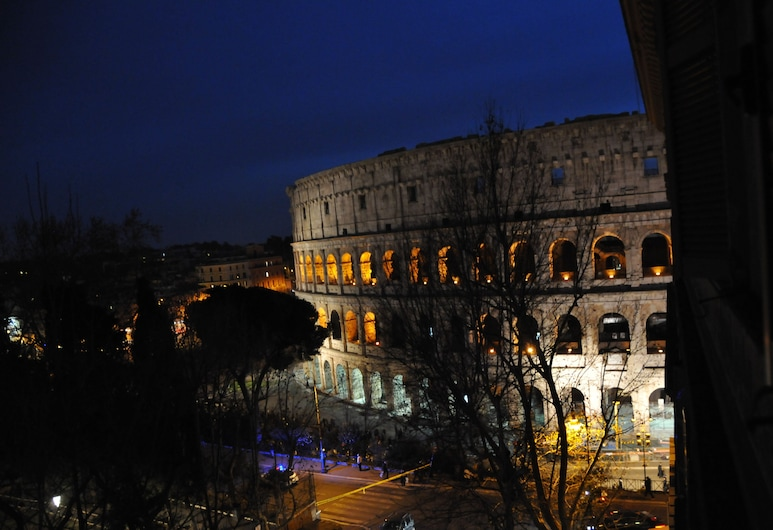 鬥獸場角落酒店, 羅馬, 豪華雙人房 (with Colosseo View), 客房