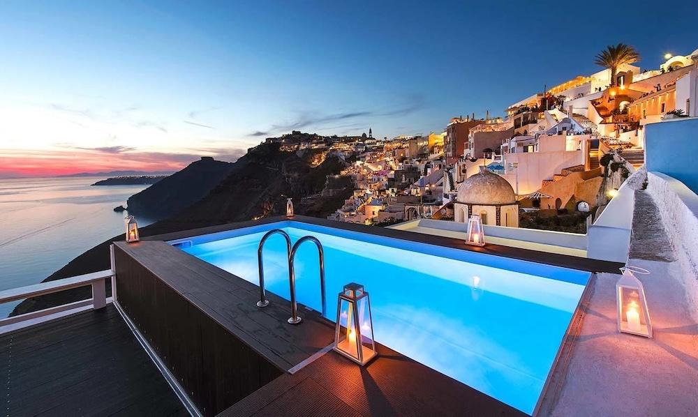 西里亞斯酒店, 聖托里尼
