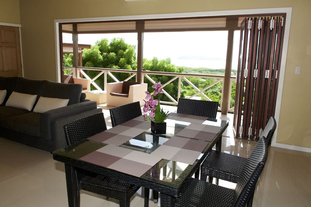 Signature Cottage, 2 Bedrooms, Kitchen, Panoramic View - 客房餐飲服務