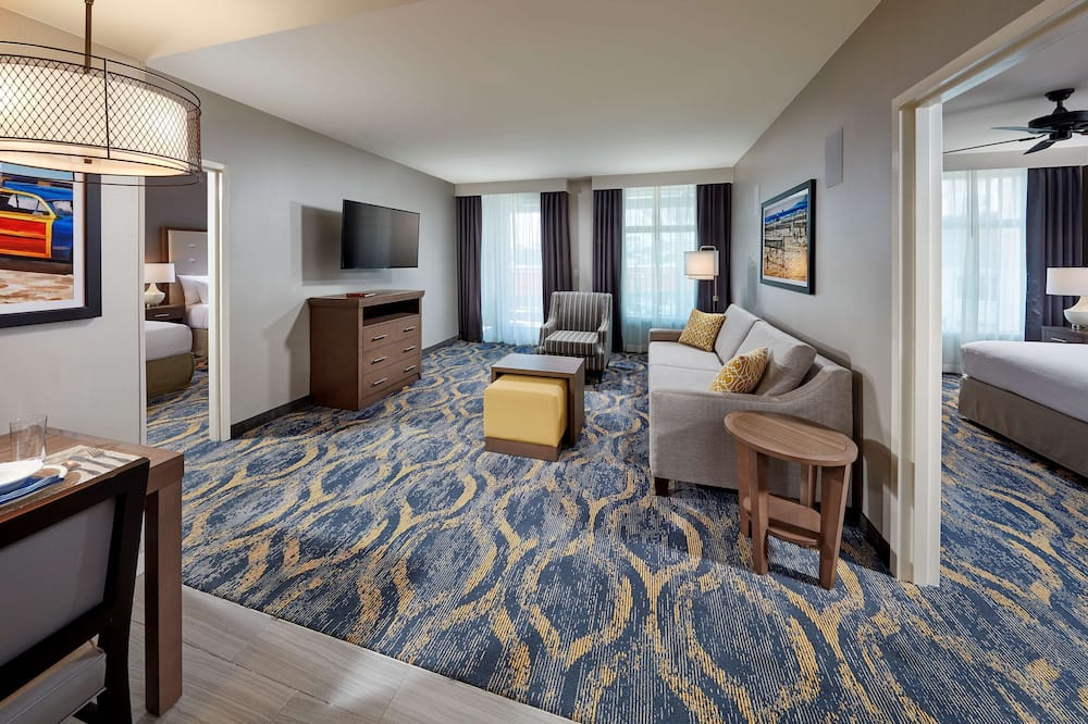 Suite, Accessible (Hearing) - Living Area