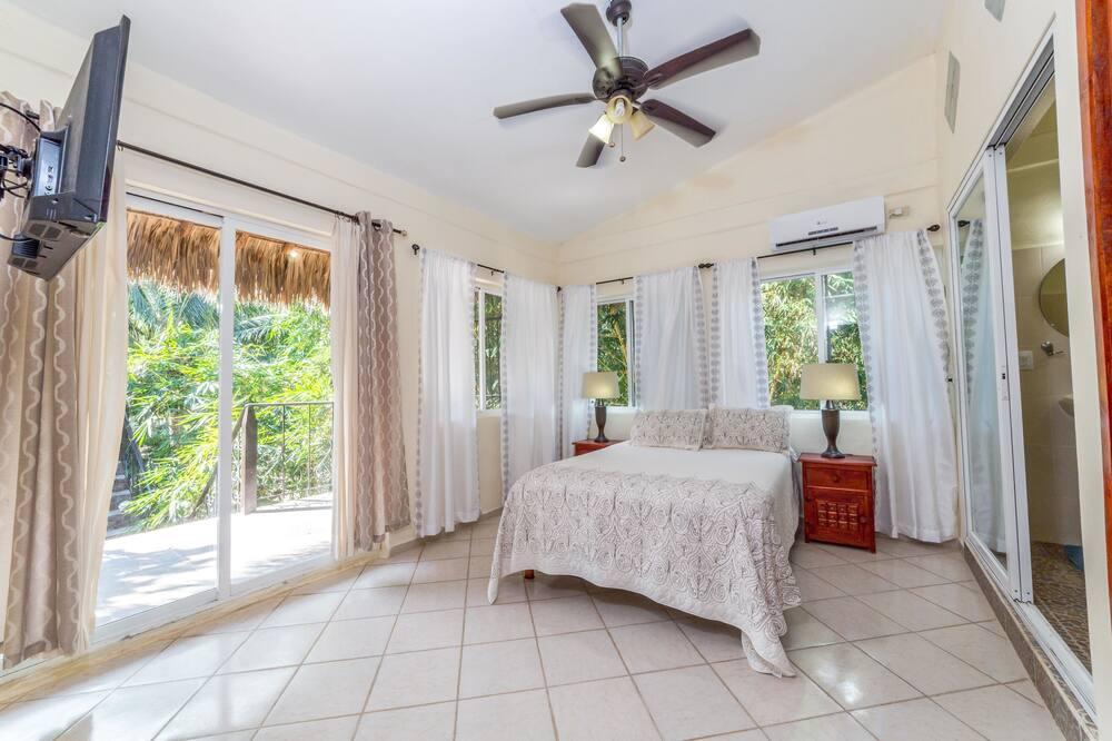 Premium Suite, 1 Bedroom, Garden View, Executive Level - Room
