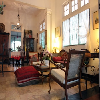 Enter your dates to get the Colombo hotel deal