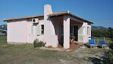 Choose This Cheap Hotel in San Teodoro
