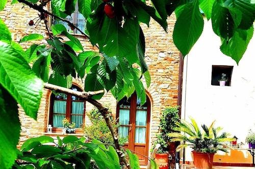 波德雷博加魯喬農莊飯店/