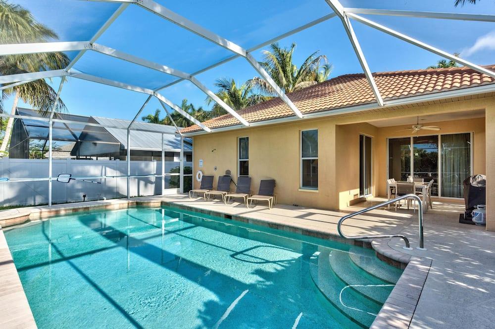 Luxury House, 3 Bedrooms, Pool View, Poolside - Outdoor Pool