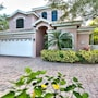 Sorrento 4 Bedroom Holiday Home by Naples Florida