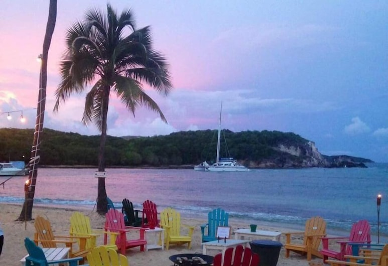 1612 Watergate, St. Thomas, Standard Apartment, 2 Bedrooms, Beach