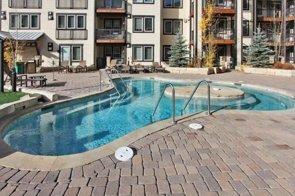Family House, 2 Bedrooms - Outdoor Pool