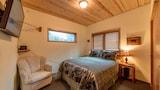 Choose This Luxury Hotel in Cle Elum