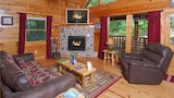 Choose this Apartment in Sevierville - Online Room Reservations