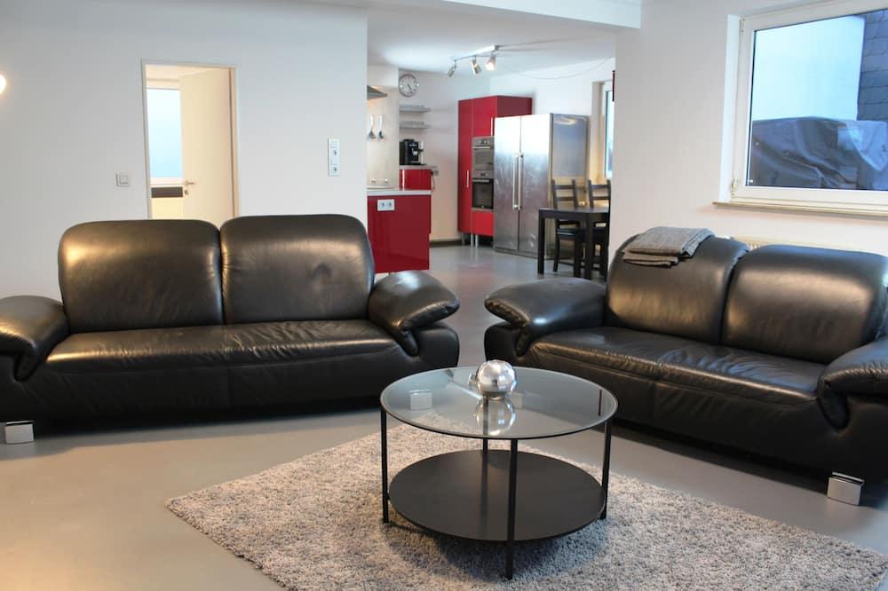 Comfort Apartment, 2 Bedrooms, Terrace - Ruang Tamu