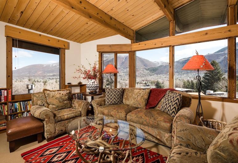 Shadow Mountain by Frias Properties, Aspen