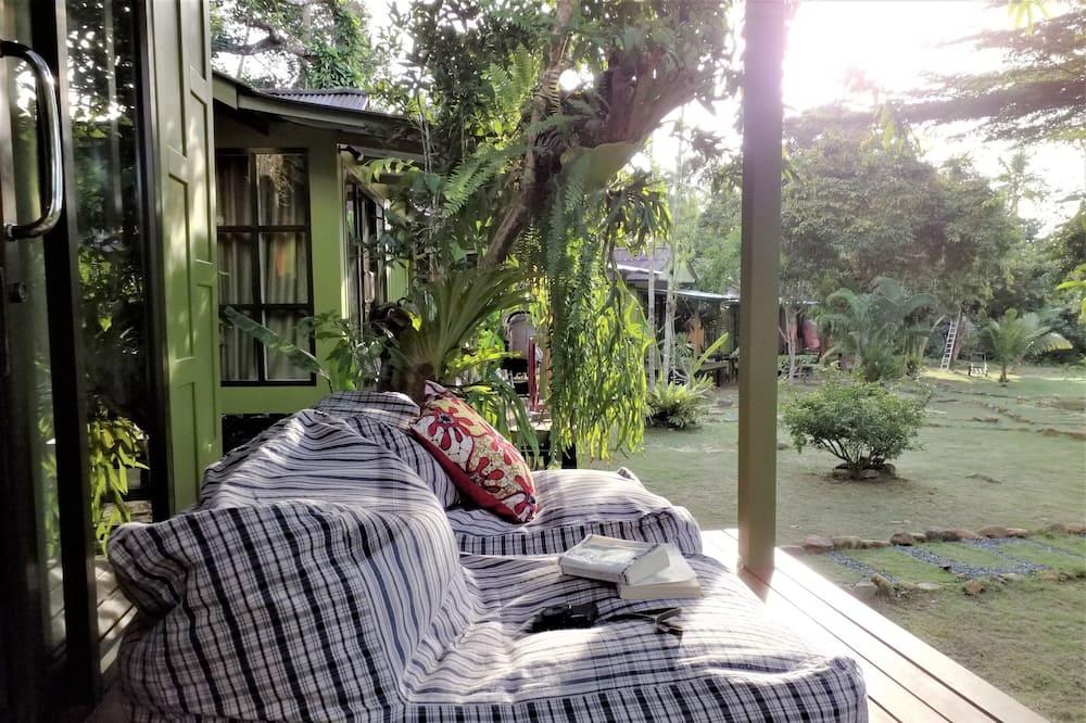 Single House - Balkongutsikt