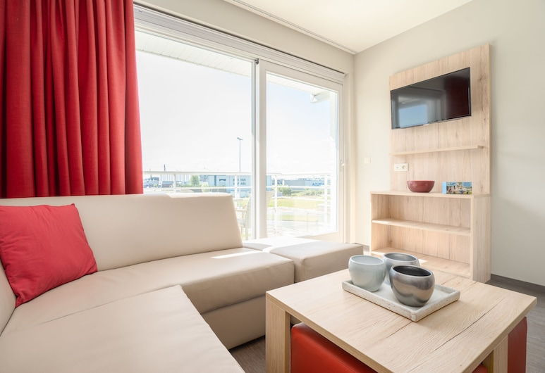 Holiday Suites Zeebrugge, Bruges, Studio met dubbel bed + stapelbed, Living Room