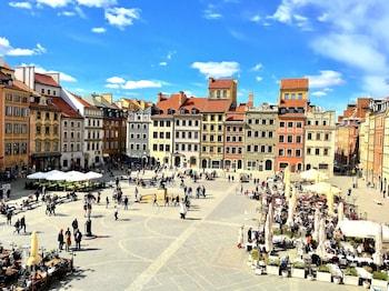 Фото  Luxury Apartments MONDRIAN Market Square  у місті Варшава