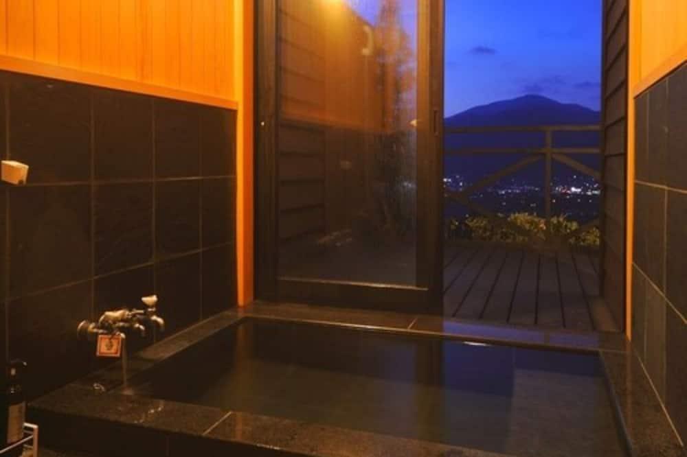Standard Δίκλινο Δωμάτιο (Twin), 2 Μονά Κρεβάτια, Μη Καπνιστών - Μπάνιο