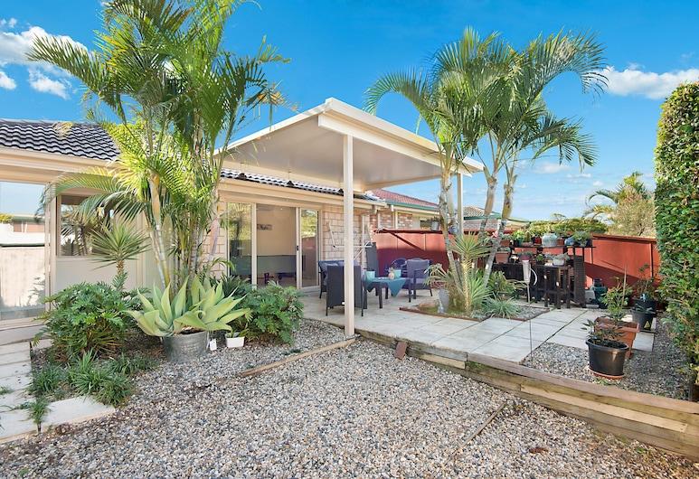 Central Redcliffe Holiday House, Redcliffe, Familjehus - 4 sovrum - trädgård, Terrass