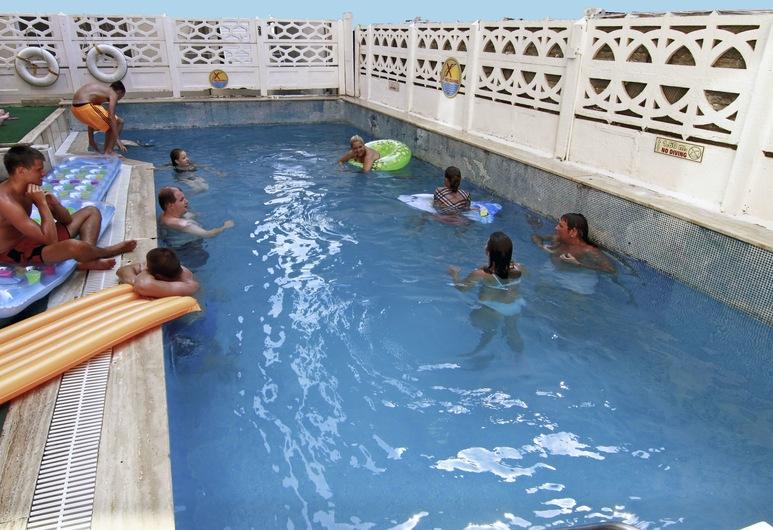 Kleopatra Develi Hotel, Alanya, Açık Yüzme Havuzu