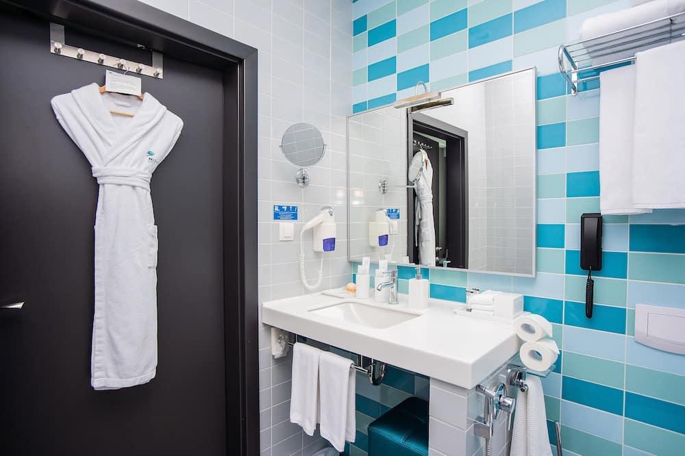 Lejlighed - 1 kingsize-seng - Badeværelse