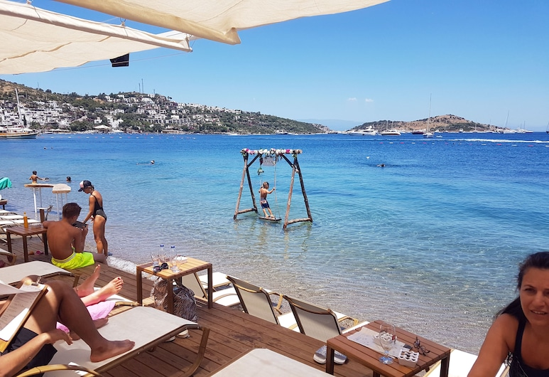 Knidos Hotel, Bodrum, Property Grounds