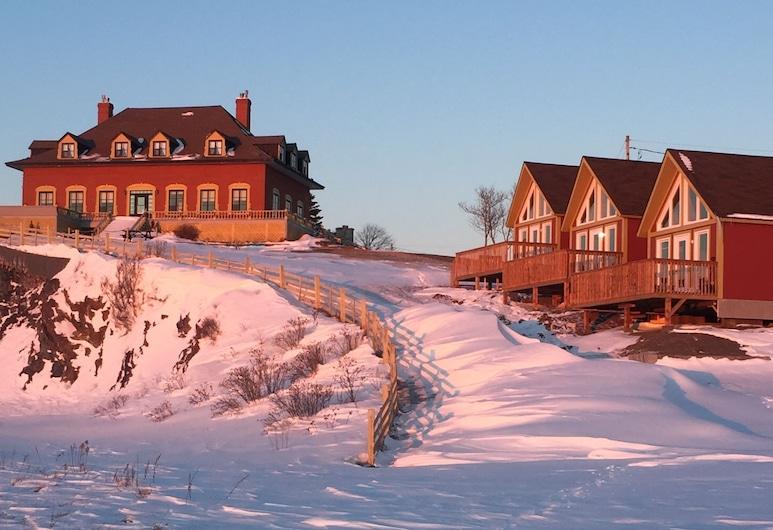 Auberge Chateau Lamontagne, Sainte-Anne-des-Monts, Esterni