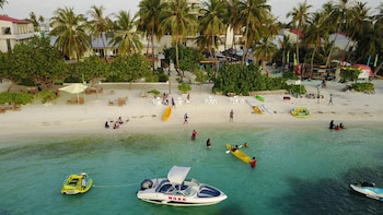 Picture of Salt Beach Hotel in Maafushi