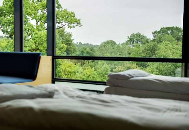 فينجستو هوتل أوج كونفيرينسي سنتر, بريدستين, غرفة ثلاثية, غرفة نزلاء