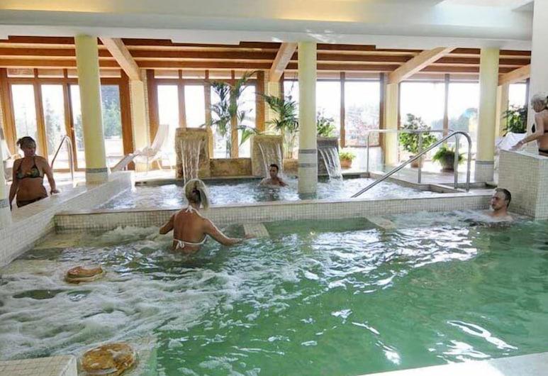 瓦伦蒂娜 Spa 别墅酒店, 翁贝蒂德, 室内 SPA 浴缸
