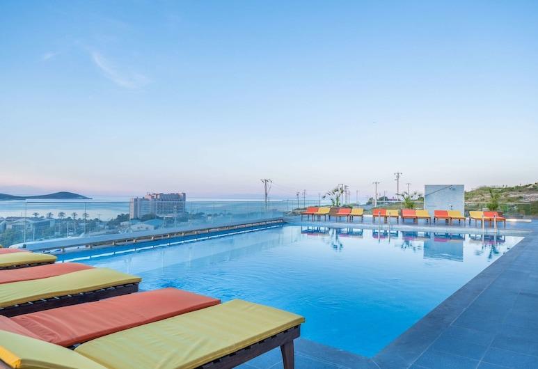 The S, Ascend Hotel Collection, Çeşme, Havuz