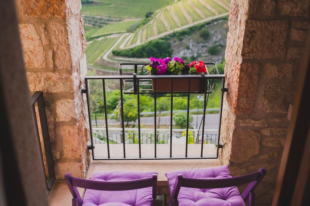 Apartment, 2 Bedrooms, Vineyard View - Balcony