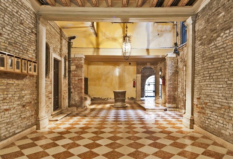 Ca Rosa San Marco, Venezia, Ingresso interno