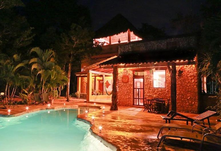 Cenote Balam-Ha, Акумаль, Дизайнерська вілла, 4 спальні, з видом на сад, з виходом в сад, Номер