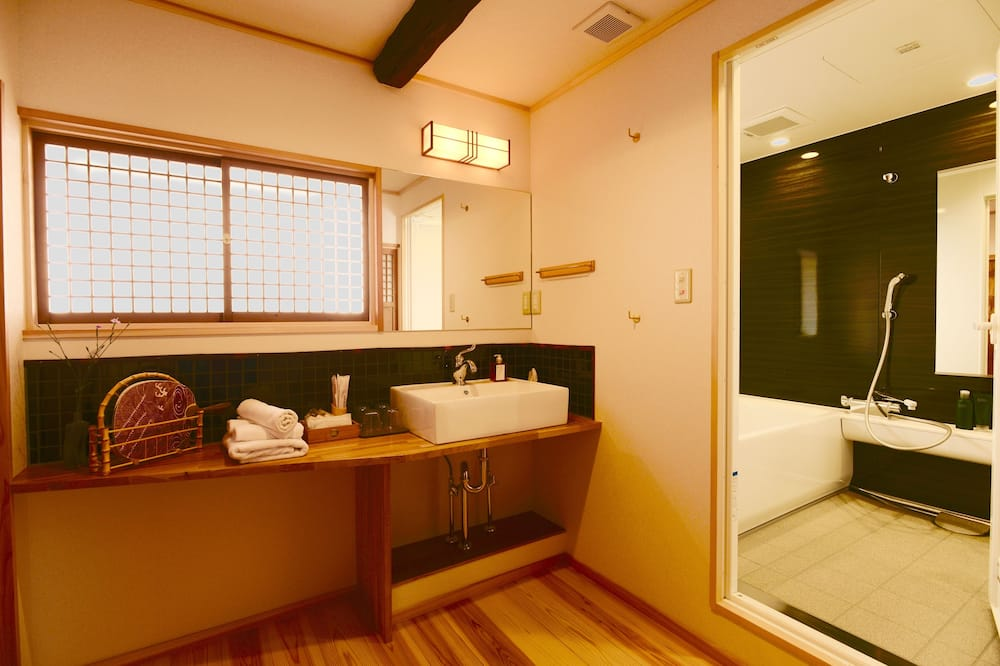 Traditional-Zimmer (Deluxe Japanese Style) - Badezimmer