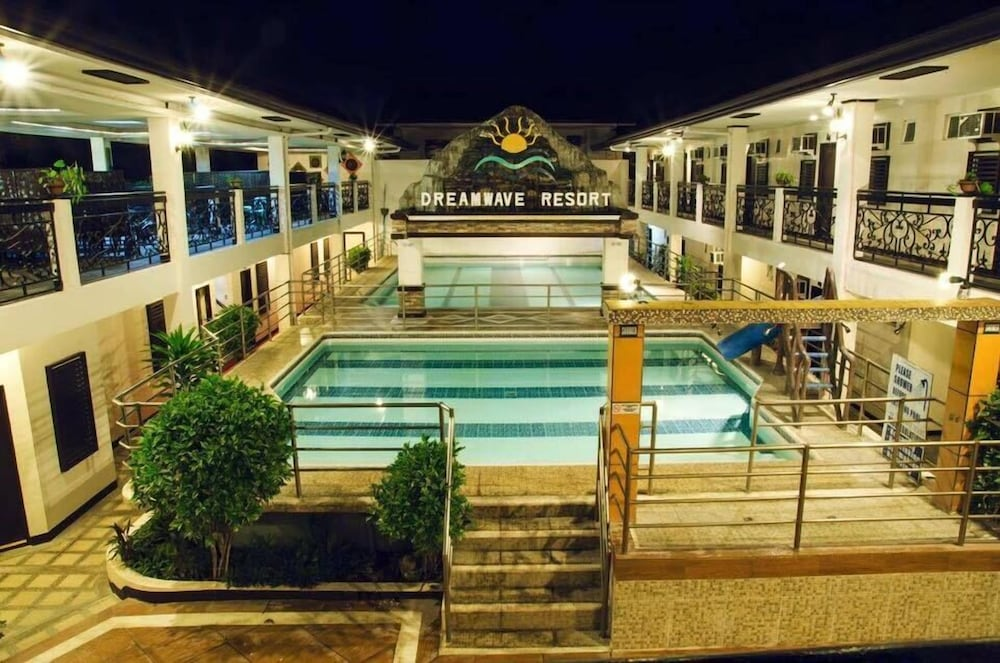 Dreamwave resort pansol calamba philippines calamba - Resorts in ecr with private swimming pool ...
