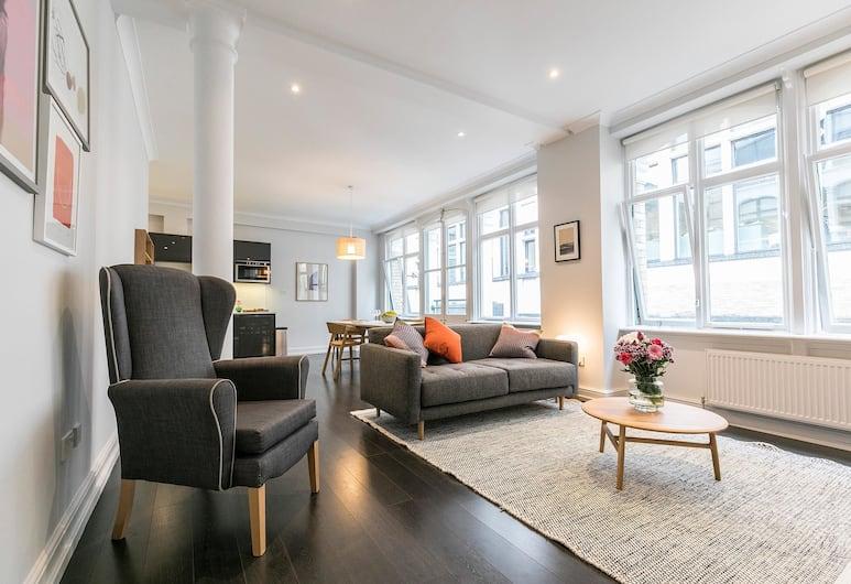 Native Fenchurch Street, London, Premium Apartment, 2 Bedrooms, Living Room