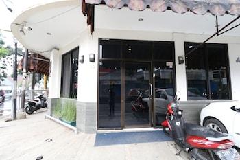 Foto Bantal Guling Alun-Alun Bandung di Bandung