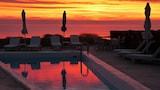 Choose This 3 Star Hotel In Folegandros
